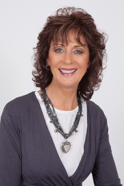 Linda Cairns - Naturopath + Homeopath
